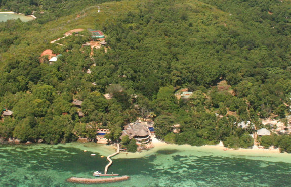 cerf island honeymoon package